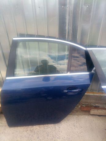 Ușa stânga spate BMW e60