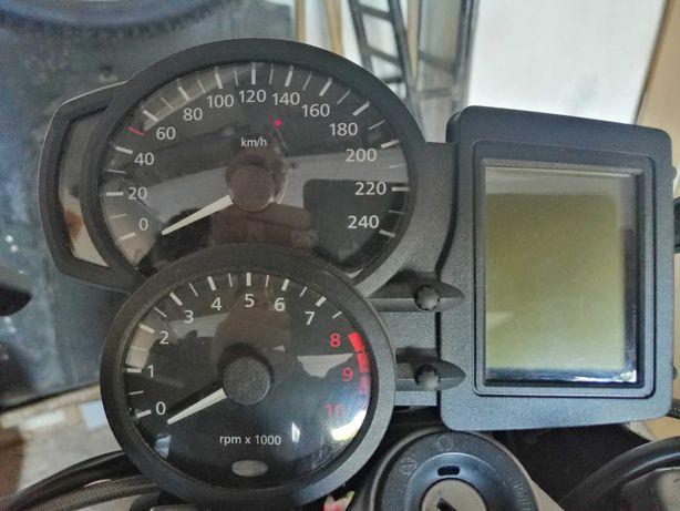 Bord, rezervor, galerie evacuare BMW R1200R