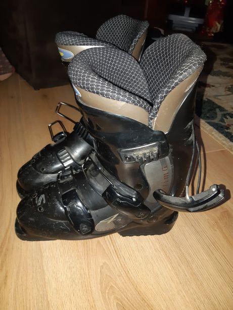 Clapari schii - marimea 38