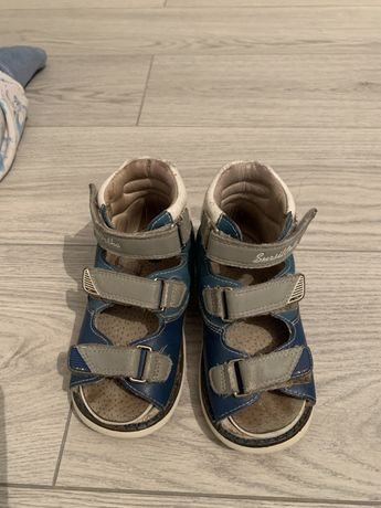 Срочно ортопедическаю обувь