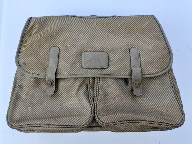 Vand geanta servieta marca MOALLI Italia
