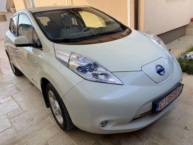 Nissan Leaf 100% electric variante la schimb