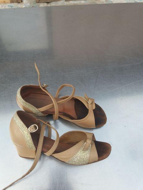Sandale dansuri moderne 18 cm int