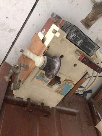 Рубильник автоматический выключатель