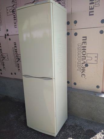 Продам холодильник Атлант 2м