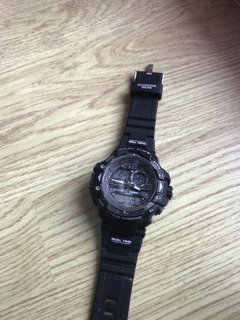 Продавам ръчен часовник Armitron