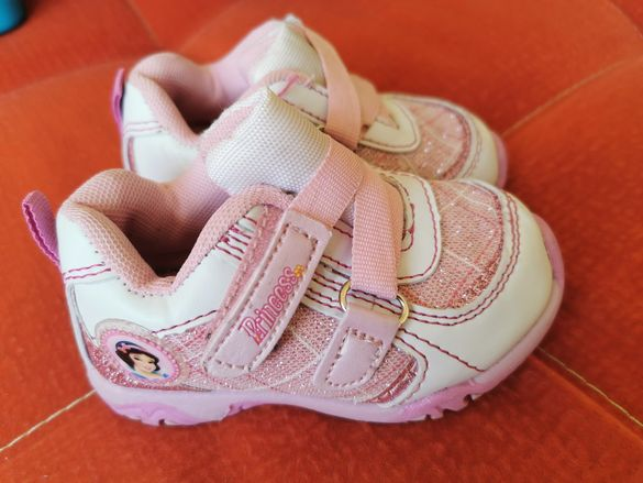 Disney Бебешки маратонки 20 номер