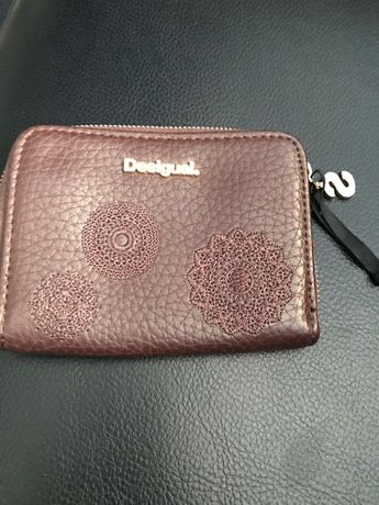 Geanta cu portofel desigual noi