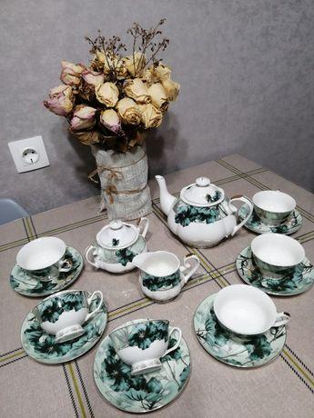 Фарфоровый чайный набор