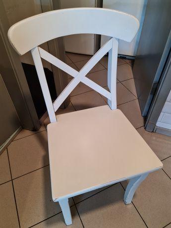 Продавам трапезен стол