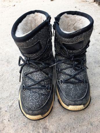 Обувь зимняя на девочку 32 р, туфли