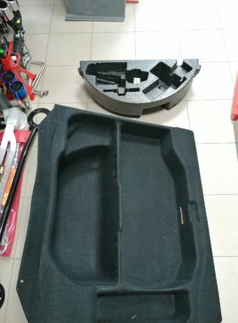 Кори за багажник на мерцедес W221