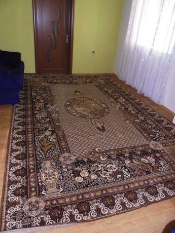 Продавам НОВ персийски килим 4,02 м*2,44 м
