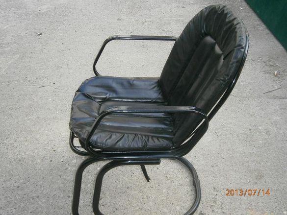 маси и столове /железни/