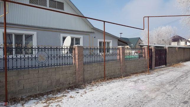 Продам дом в поселке Рахат-2