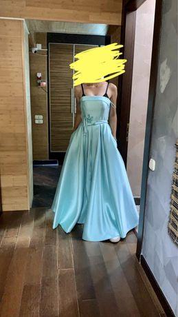 Продается новое вечернее платье!
