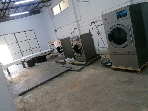Vanzare spalatorie de textile