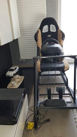Vand xbox one 1tb+kinetic+2joystick-uri+simulator auto,jocuri