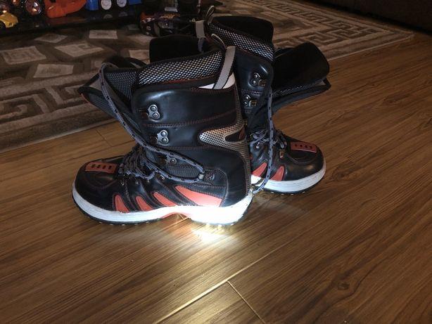 Boots snowboard marimea 37-40
