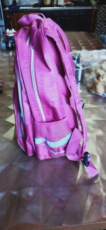 Рюкзак для школы продается