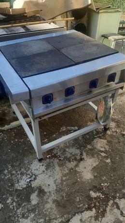 Продам плиту электрическую ЭП-4П без духовки