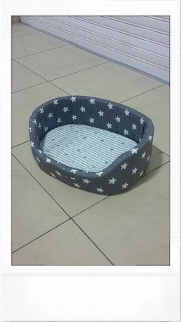 Лежак, лежанка для кошек и собак.