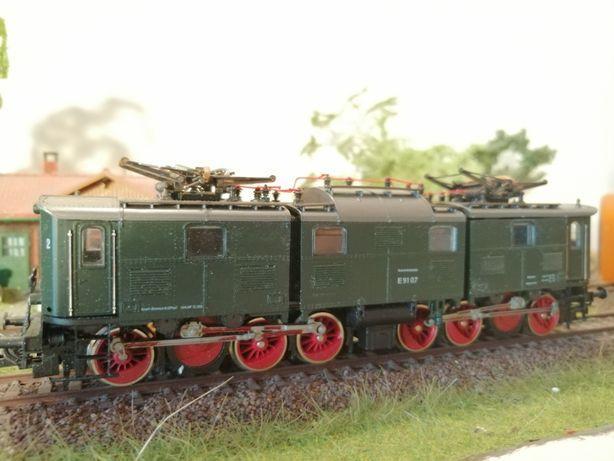 Locomotiva HO - Roco BR 191 - trenulet electric