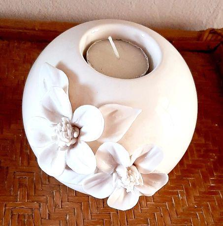 Оригинални  свещници и кокосов орех за изработване на свещник,саксии и