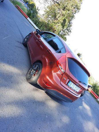 Vând Ford fiesta 1.4 tdci