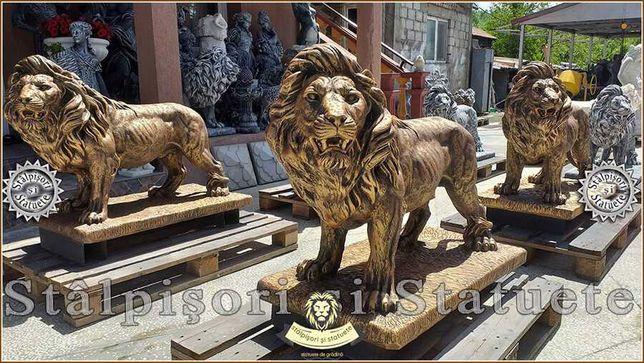 Statuetă leu mare în picioare, din beton, model S33.