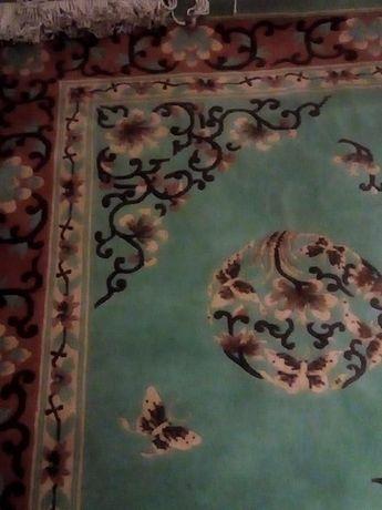 Персийски килим..