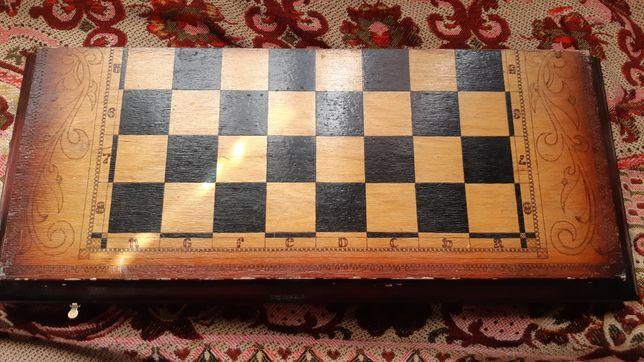 Шахматы ручной работы резные