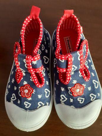 Лот  детски обувки
