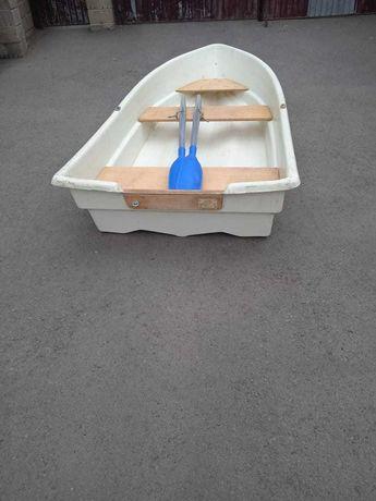 Продам лодку 2-ух местную