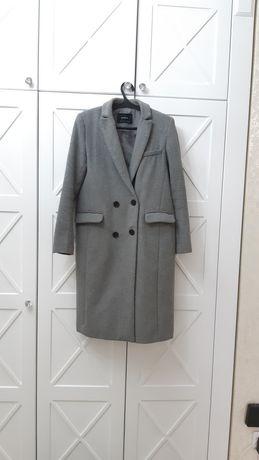 Пальто женская 44