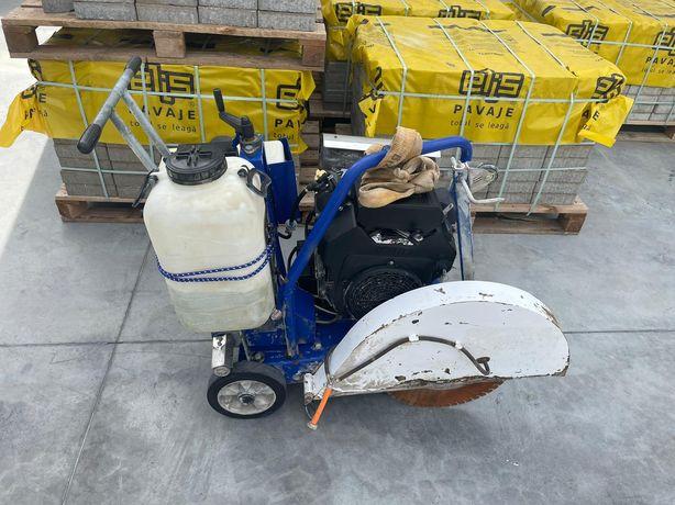 Mașina tăiat beton pavimente pardoseli barikel Wacker Bomag