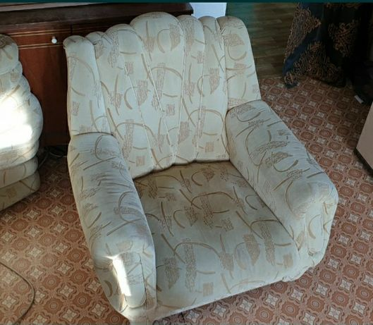 Кресла мягкие -  2 шт.