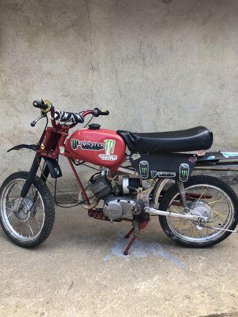 Кросов мотор Карпати