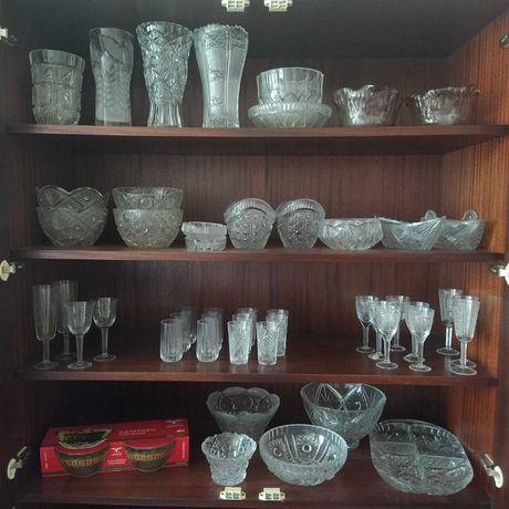 Продам настоящий хрусталь стаканы, салатницы, вазы, фужеры и другое