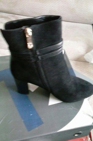 Продам ботинки новые зимние р 38