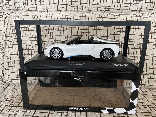 MINICHAMPS BMW i8 2018 machetă auto scara 1:18 limited ed 504 buc
