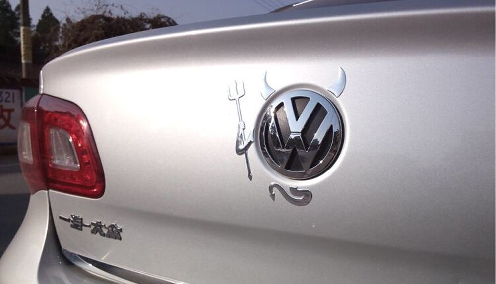 Емблема за багажник VW - ДЯВОЛЧЕ