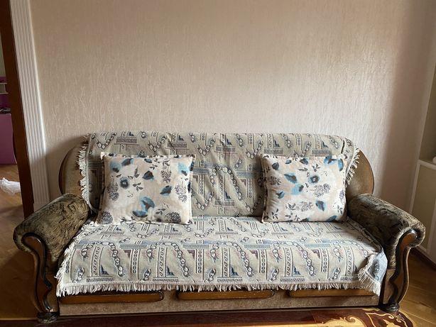 Срочно продам Российский ливан с креслами