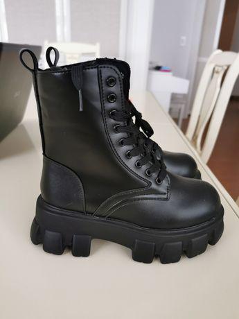 Зимние сапоги-ботинки