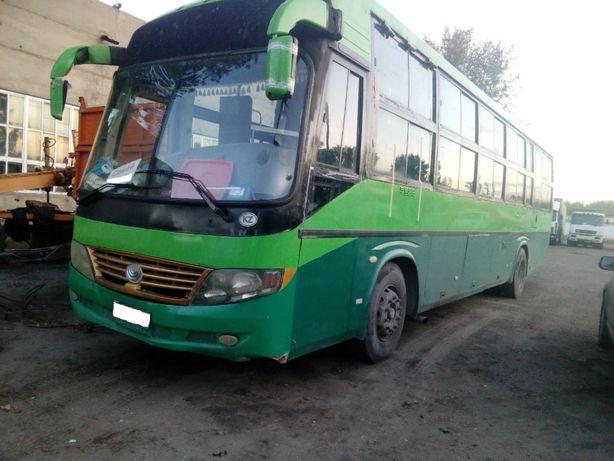 Автобус с лежачими местами.