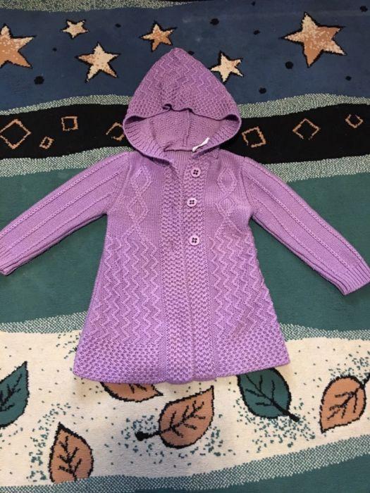 Pardesiu tricotat fetițe 3 - 4 ani