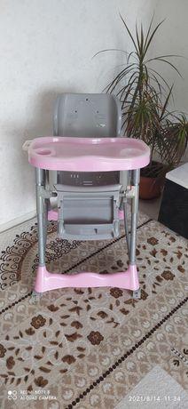 Продаём детский стульчик.