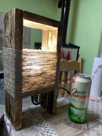 Ръчно изработена настолна лампа