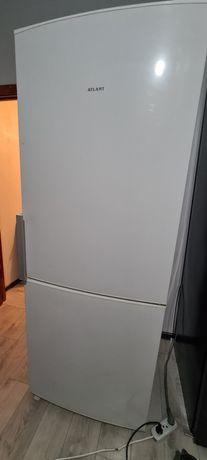 Продам холодильник 50 000 тенге