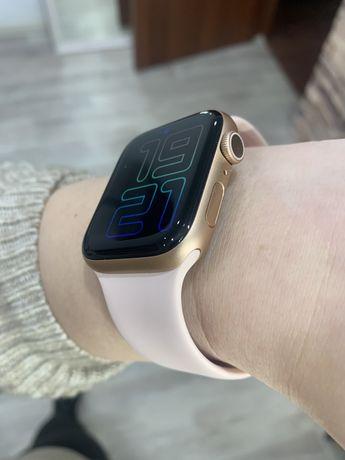 Apple watch 6 , 44 mm